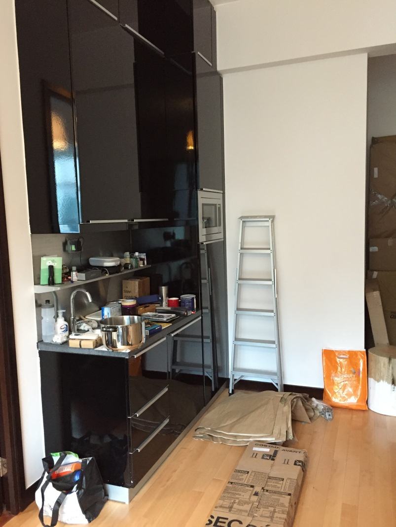 Unpacked status: the kitchen.