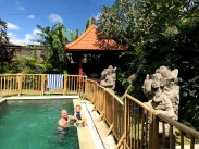 The awesome pool at our friends' villa